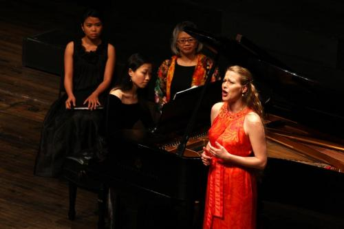 Recital: Dawn Upshaw and Friends