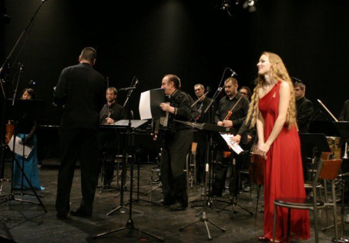 Soloist with the Cantus Ensemble of Zagreb at the Music Biennale Zagreb